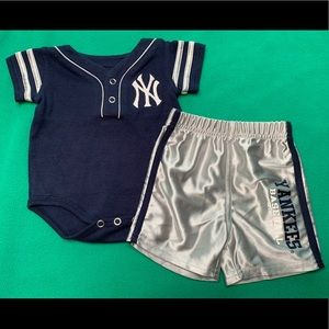 Baby Boy NY Yankees Outfit